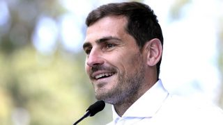 Iker Casillas recupera la sonrisa gracias a su pasado/ Gtres