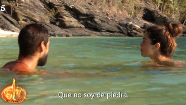 Ni el agua apaga la pasión entre Fabio y Violeta y aquí está la prueba