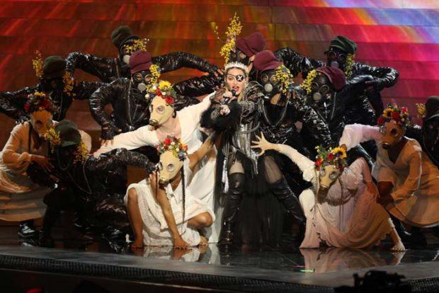 Madonna carga contra Rosalía por el precio de sus conciertos