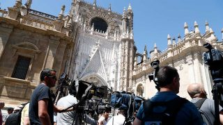 Medios de comunicación en la boda de Sergio Ramos / Gtres