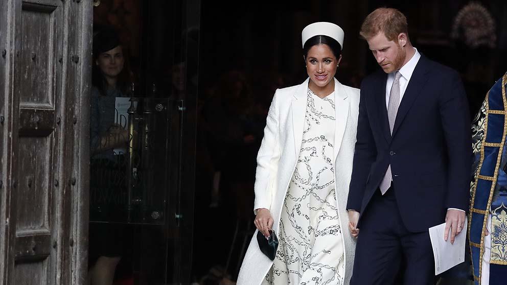 Victoria Beckham se inspira en Meghan Markle para saltarse el protocolo de la boda de Sergio Ramos y Pilar Rubio