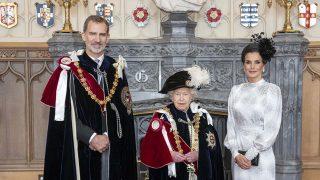 Los Reyes con la reina Isabel / Gtres