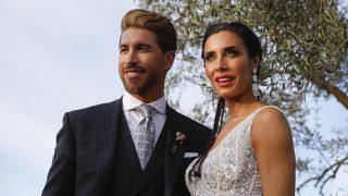 Sergio Ramos y Pilar Rubio permitieron a un invitado llevar móvil / Gtres.