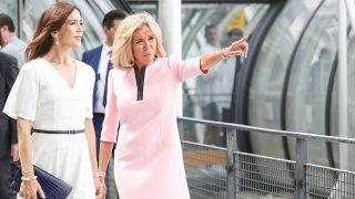 Mary de Dinamarca y Brigitte Macron se han batido en duelo de estilo /Gtres