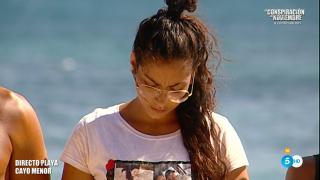 Dakota sufrió un toque de atención en directo por parte de Carlos Sobera./Mediaset