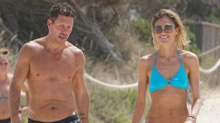 Carla Pereyra y Simeone disfrutan de las playas de Formentera/ Gtres