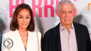 Isabel Preysler y Mario Vargas Llosa, en la presentación de 'Mario y Los Perros' / Gtres