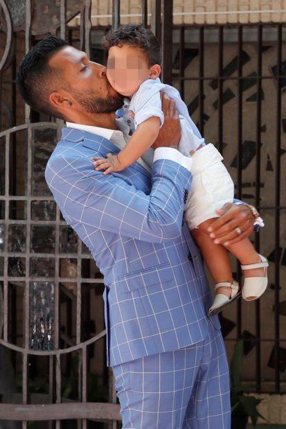 La emoción de Tamara Gorro y Ezequiel Garay en el bautizo de su hijo