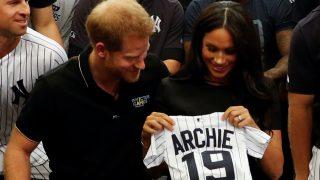 El príncipe Harry y Meghan Markle reciben un emotivo obsequio / Gtres.