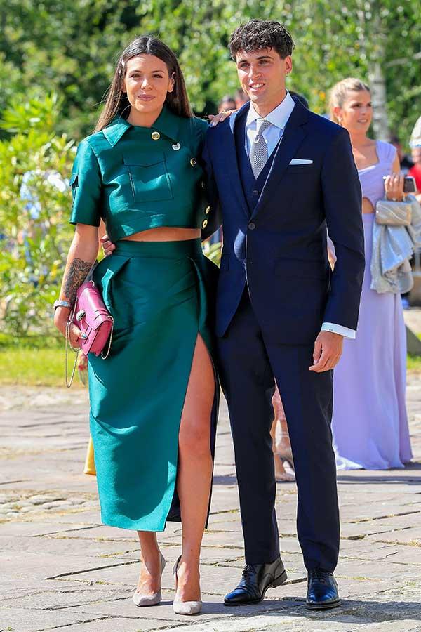 Laura Matamoros junto a Daniel Illescas en la boda de María Pombo / GTRES