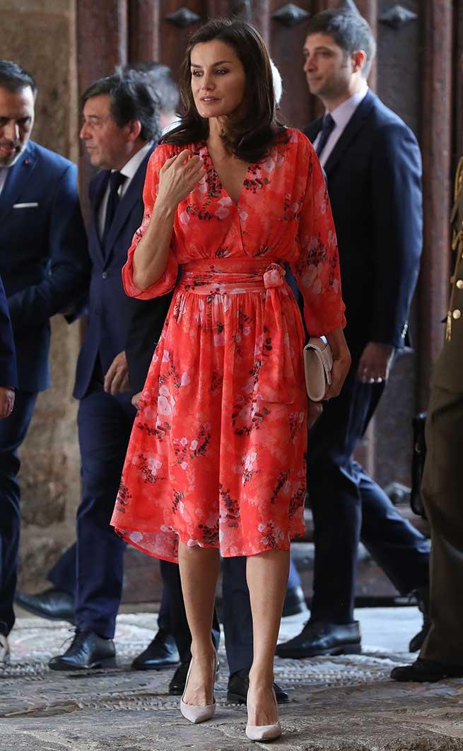 letizia vestido adolfo domínguez