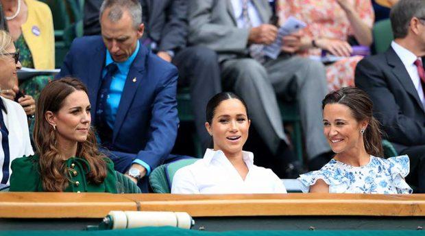 Kate y Pippa Middleton con Meghan Markle durante la final femenina de Wimbledon / GTRES