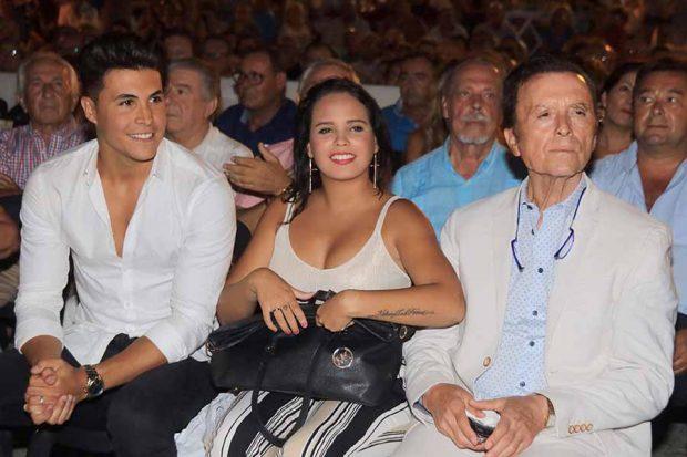 José Ortega Cano junto a Gloria Camila y Kiko en una imagen de archivo / GTRES