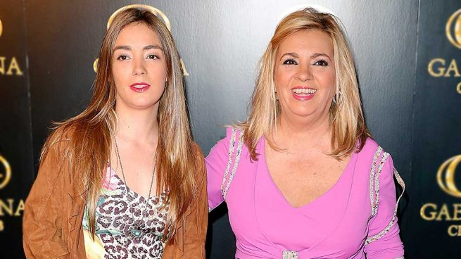 Carmen Borrego abre el álbum familiar para enseñar una foto inédita con su hija