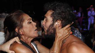 Isabel Pantoja besó a Omar Montes durante la final de 'Supervivientes' / GTRES