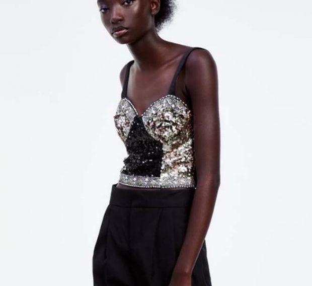 El top de Zara de lentejuelas ha resultado ser un éxito /ZARA