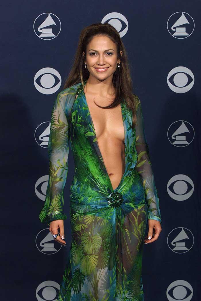 La evolución de Jennifer Lopez a sus 50 años