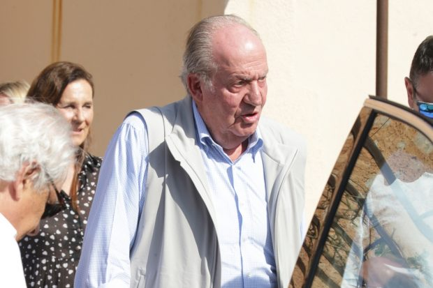 La intensa agenda privada de don Juan Carlos tras su inesperada visita a Mallorca