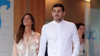 Iker Casillas y Sara Carbonero, tras salir del hospital / Gtres.