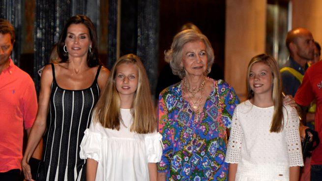La reina Letizia, doña Sofía, la princesa de Asturias Leonor y la infanta Sofía
