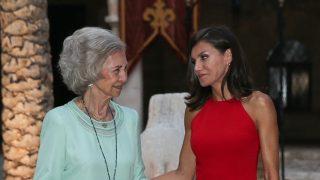Las reinas doña Letizia y doña  Sofía / Gtres