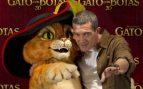 Antonio Banderas saltó a la fama internacional tras interpretal a 'El Zorro' y años después, dobló al Gato de 'Shreck' imitándose a sí mismo / GTRES