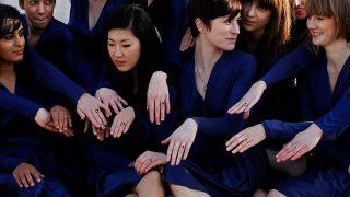 Réplicas del espectacular anillo que el príncipe Guillermo entregó a Kate Middleton. / Gtres