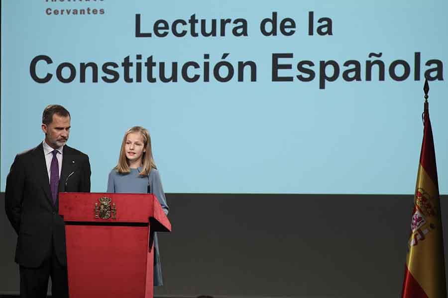 Leonor, Princesa de Asturias, leyendo el Artículo 1 de la Constitución Española / GTRES