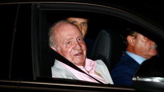 Don Juan Carlos, a su entrada al hospital / Gtres.