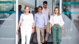 Don Juan Carlos recibe la visita sorpresa de la infanta Cristina y sus hijos / Gtres
