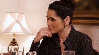 Rosa López durante la cena de Francisco en 'Ven a cenar conmigo' / Telecinco