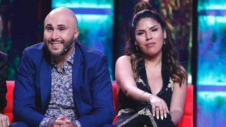 Kiko Rivera y Chabelita, sentados en el plató de 'Supervivientes' / Gtres