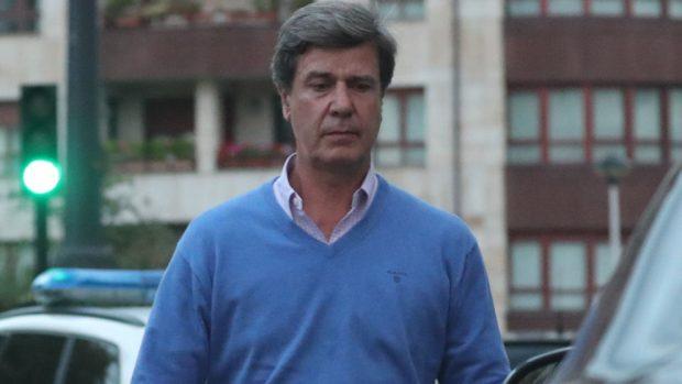 Cayetano Martínez de Irujo, abandonado y 'solo' durante su ingreso hospitalario