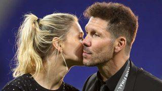 Simeone besa a Carla Pereyra / Gtres