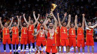 La selección española de baloncesto alza la copa del mundo / Gtres