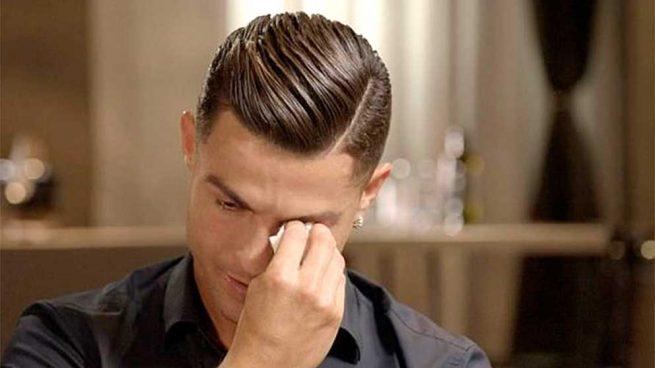 Las lágrimas de Cristiano Ronaldo al recordar el fallecimiento de su padre