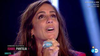 Anabel Pantoja, muy emocionada al escuchar a su tía, Isabel Pantoja./Mediaset