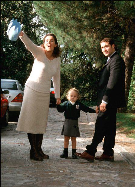 Antonio David Flores y Rocío Carrasco junto a su primera hija /Gtres