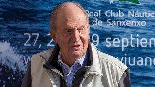 El rey Juan Carlos reaparece en un acto público tras su última operación./ Gtres