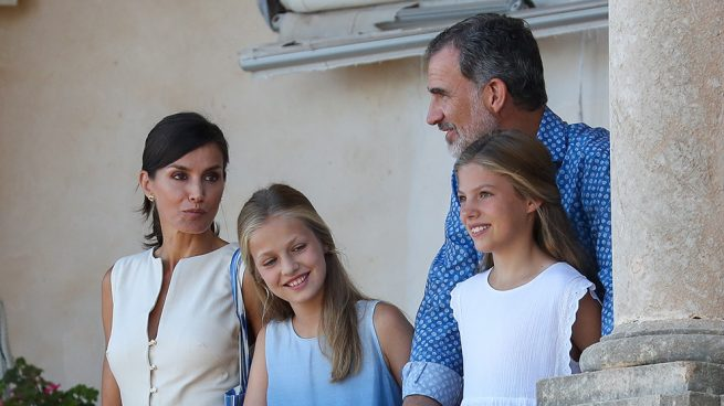 reina Letizia, rey Felipe, infanta Leonor, princesa Sofía