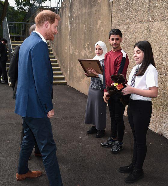 El Príncipe Harry recibe un obsequio para su hijo Archie / Gtres