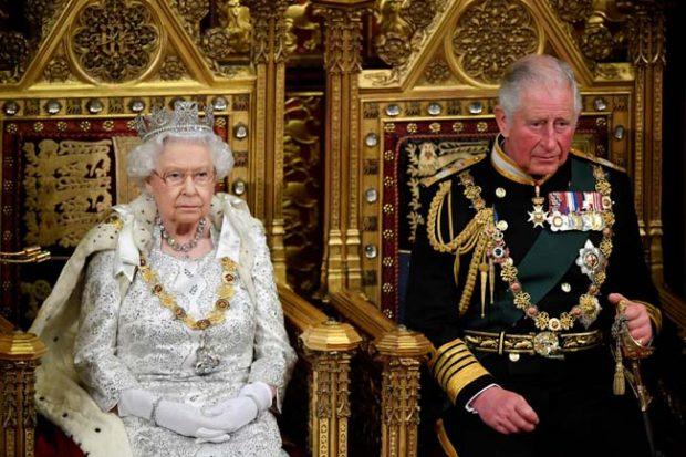 Isabel II, príncipe Carlos