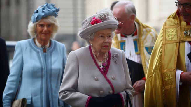 La reina Isabel II y su nuera, Camilla Parker, esposa de su hijo mayor, el príncipe Carlos / Gtres