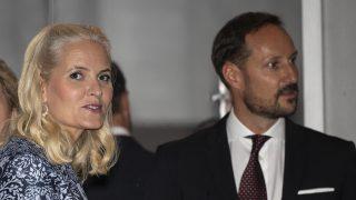 Haakon y Mette Marit durante el afterwork / Gtres
