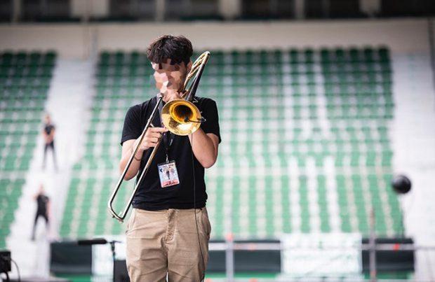 Alejandro Sanz anuncia el debut de su hijo en la música