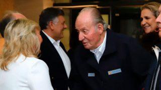 El rey Juan Carlos y la infanta Elena han asistido a las regatas de Sanxenxo / Gtres