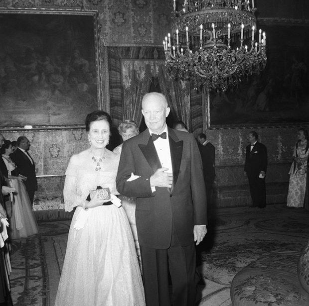 Carmen Polo en diciembre de 1959 durante la visita del presidente Dwight Eisenhower a España/Gtres