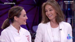 Tamara Falcó junto con su madre, Isabel Preysler, en la final de 'MasterChef Celebrity'. / RTVE