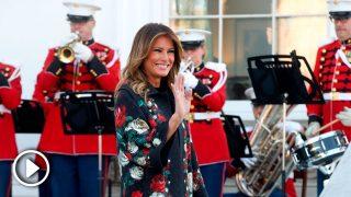 Melania Trump el día que recibió el pino de Navidad en la Casa Blanca / Gtres