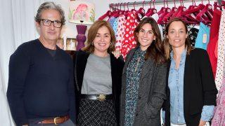 Miguel Palacio y Lourdes Montes en la tienda Miabril (Sevilla). / Gtres